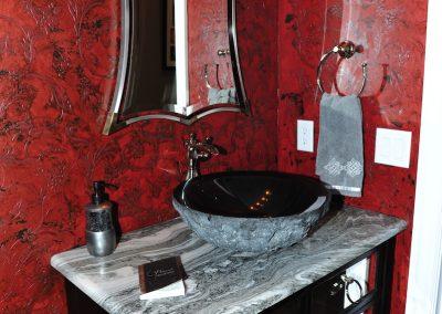 Bath With Decorative Paint